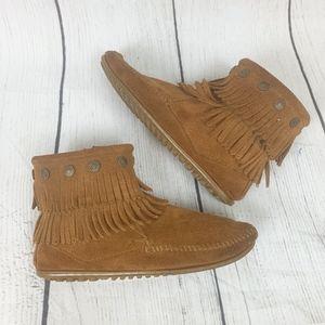 Minnetonka Suede Leather Flat Zipper Booties 7.5